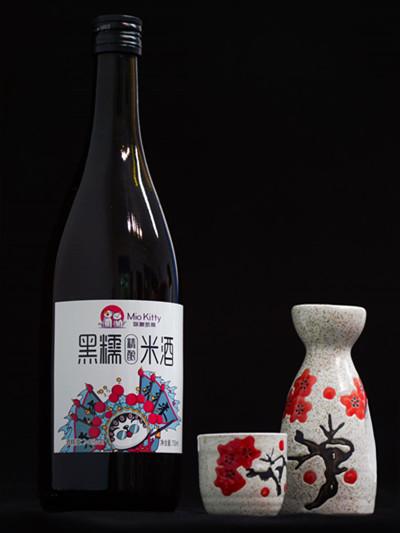 750ML. MioKitty 黑糯米酒